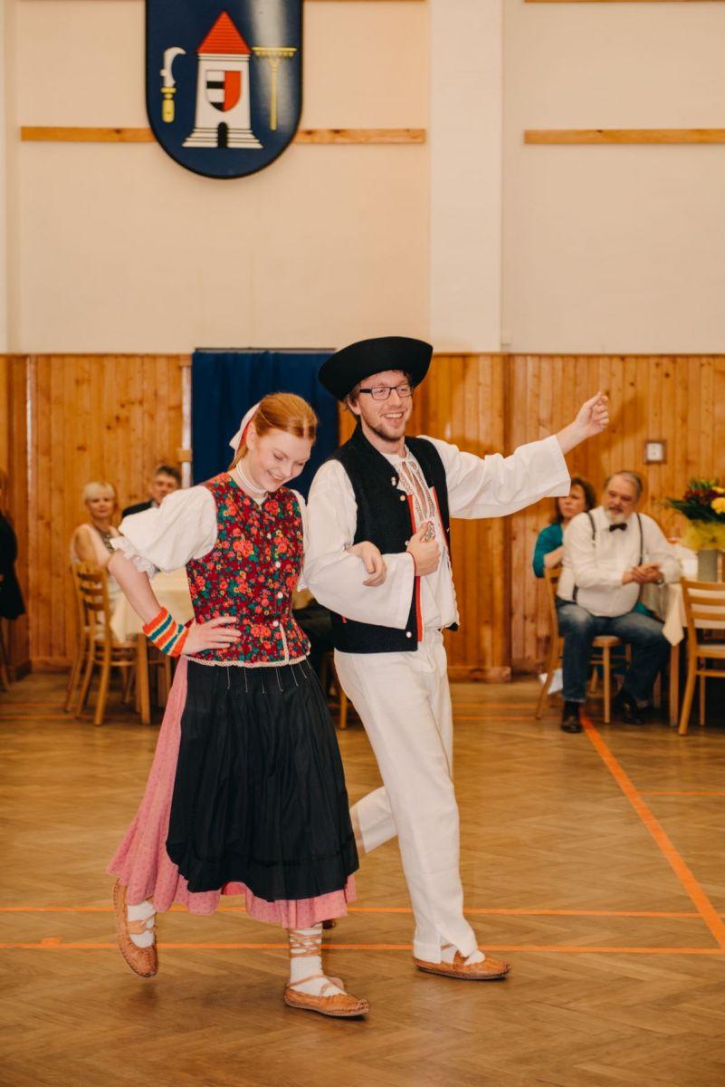 Divadelni-bal-25-020-1200