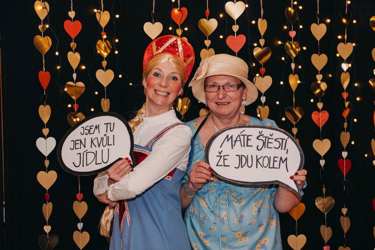 Divadelni-bal-25-046-1200