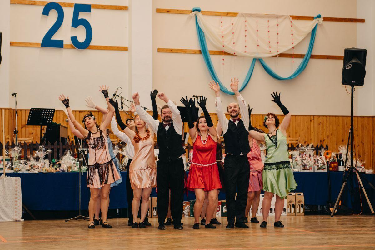 Divadelni-bal-25-047-1200