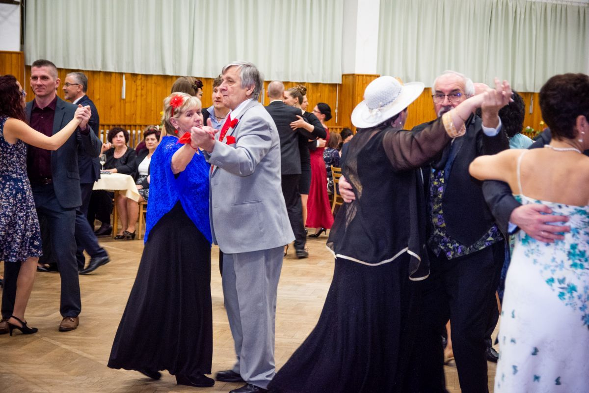 Divadelni-bál-26-041