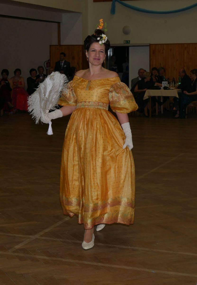 Divadelni-bál-22-008