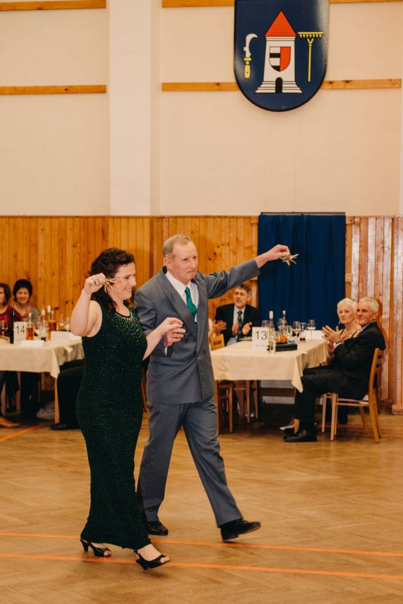 Divadelni-bal-25-015-1200