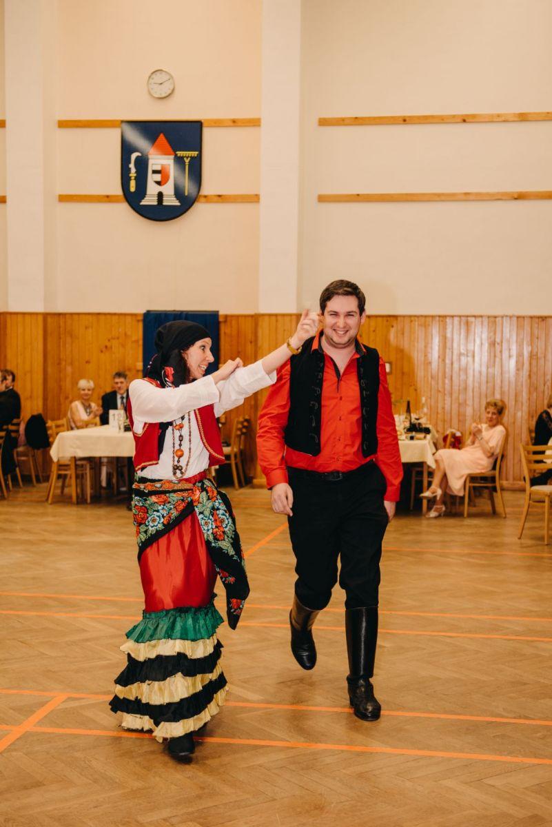 Divadelni-bal-25-024-1200