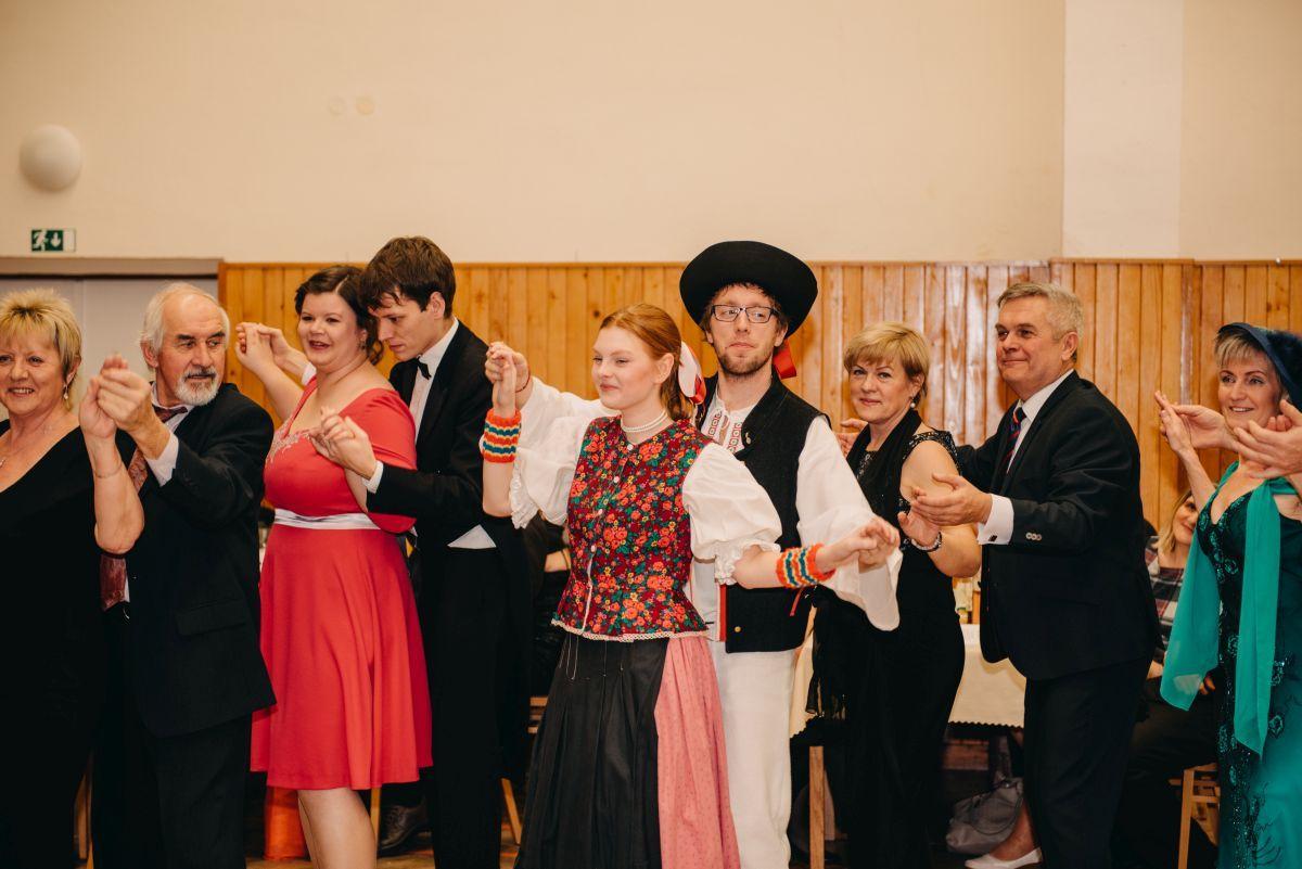 Divadelni-bal-25-038-1200
